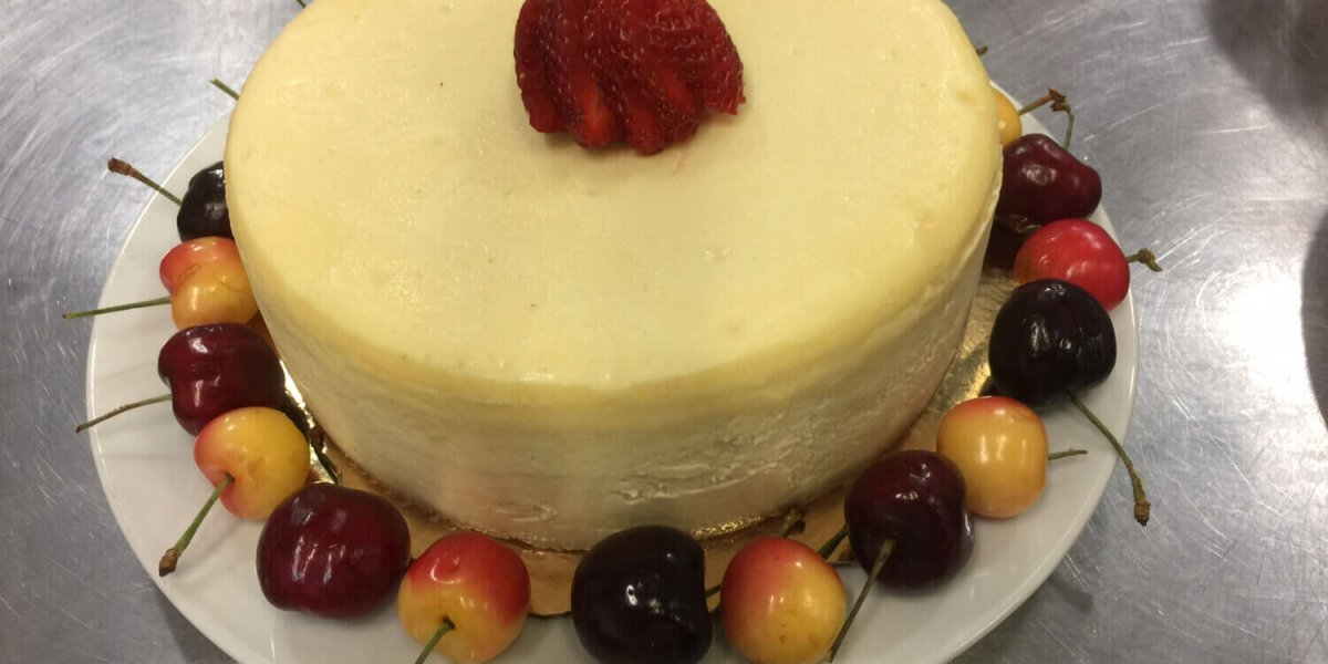 2 and a half Pound New York Deli-style-Cheesecake