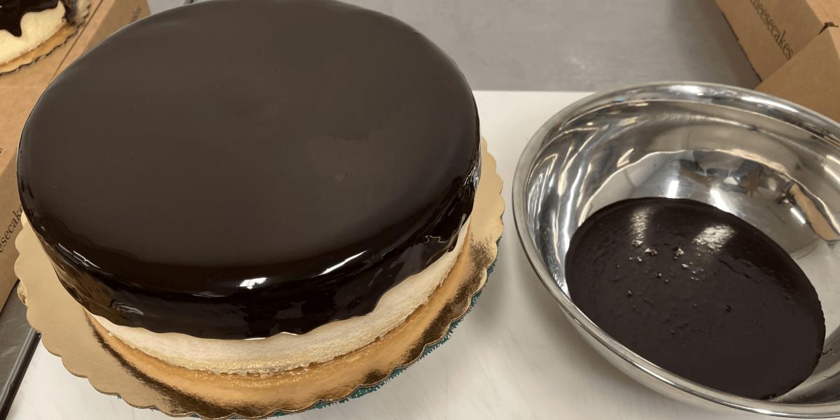 Large Chocolate Cheesecake-1 (1)